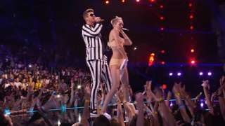 Miley Cyrus Shocking VMA Performance
