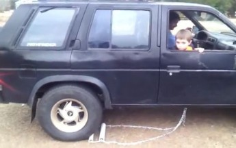 Dad Figures Out A Cheap Way To Fix Car's Reverse